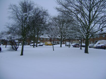 Northampton road and car park gritting